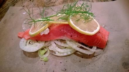 http://hereswhatworksblog.files.wordpress.com/2014/01/salmon-in-parchment2.jpg?w=440&h=247