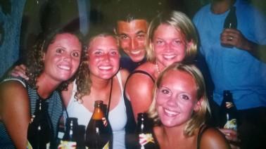 Robin, Farrah, Jen & Me - Europe 98